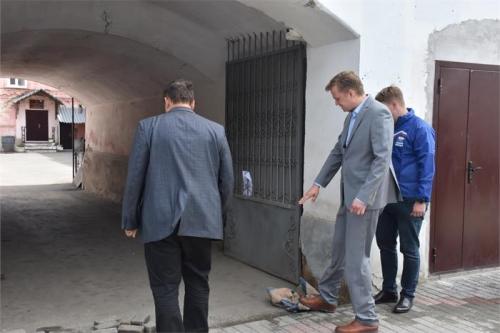 Испытание дождём прошла улица Климова. Троицкий общественный совет проверил качество ремонта